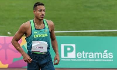 Almir Júnior, do salto triplo e atletismo, decidiu tirar férias por conta dos adiamento das competições por conta do coronavírus e já pensa em 2021
