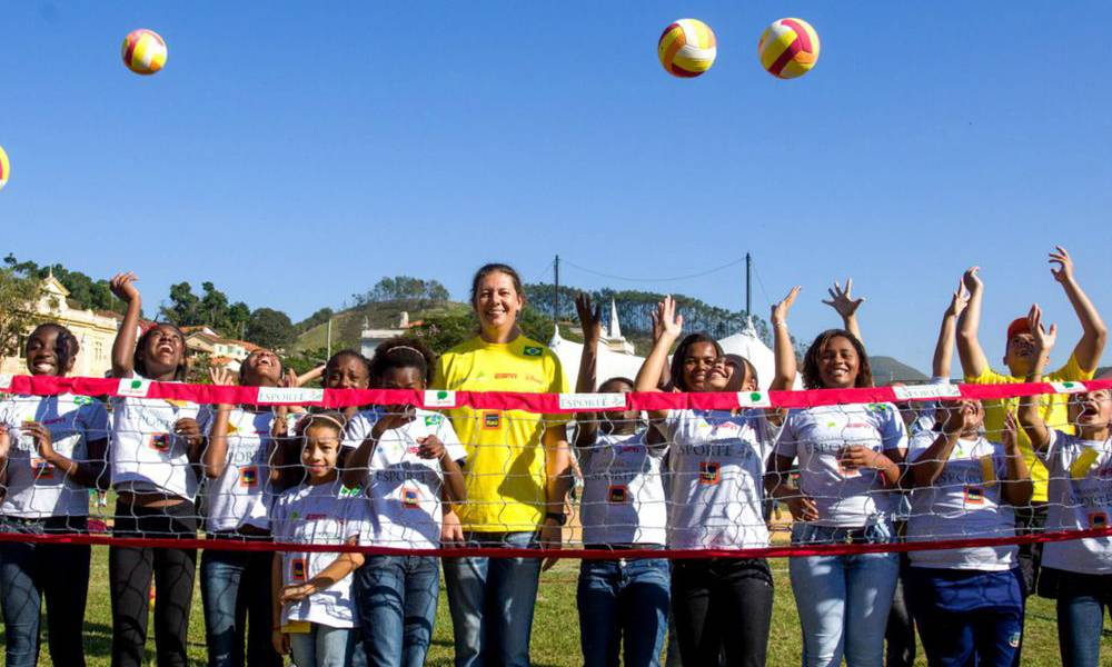 Ana Moser lança campanha _Uma Rede contra o Vírus_ no Instituto de Esporte & Educação (IEE) solidariedade