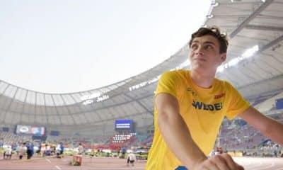 Contra pandemia de coronavírus, Armand Duplantis, do salto com vara, leiloa uniforme usado na quebra do recorde mundial