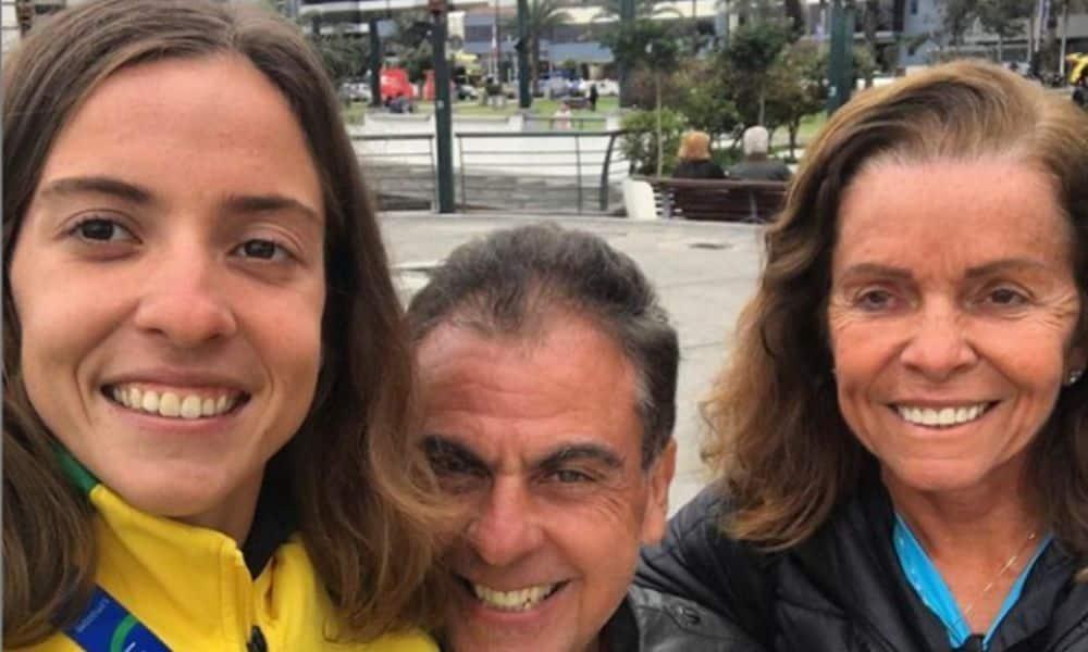 Quase classificada para Tóquio 2020, Vittoria Lopes entrou no triatlo influenciada pela mãe