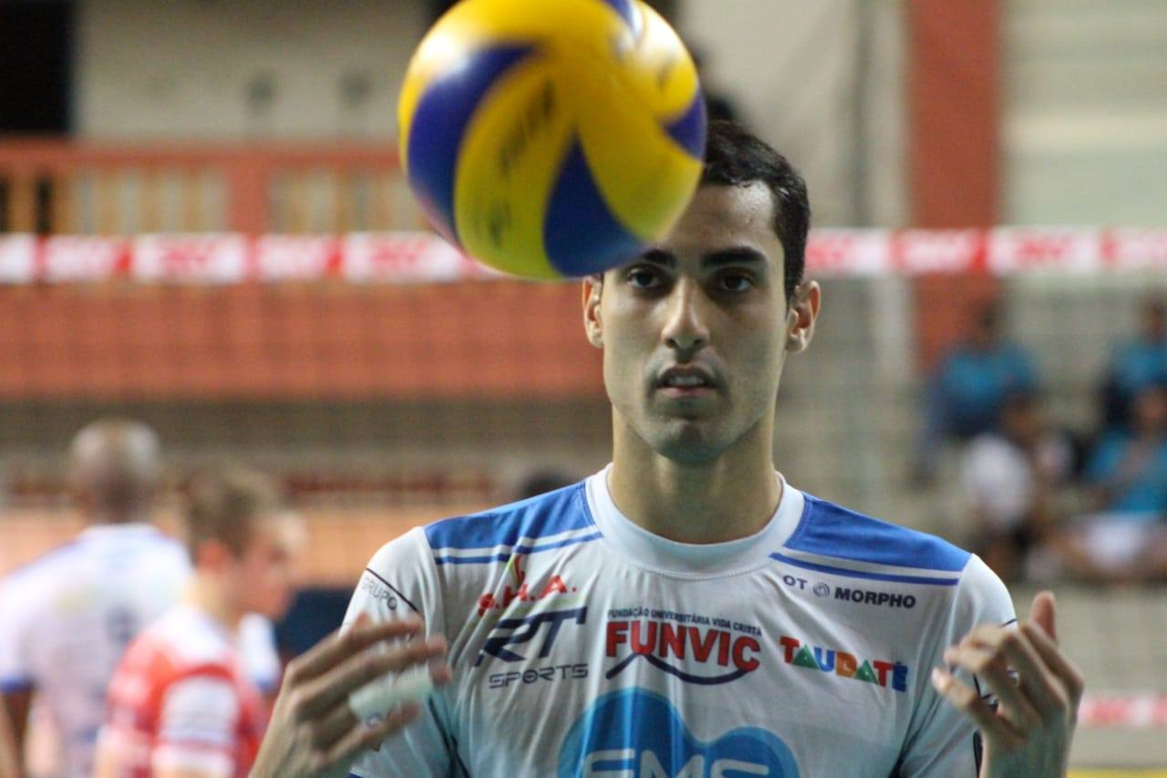 Douglas Souza, do Taubaté, falou sobre ser homossexual, Superliga Masculina de vôlei e vontade jogar no exterior