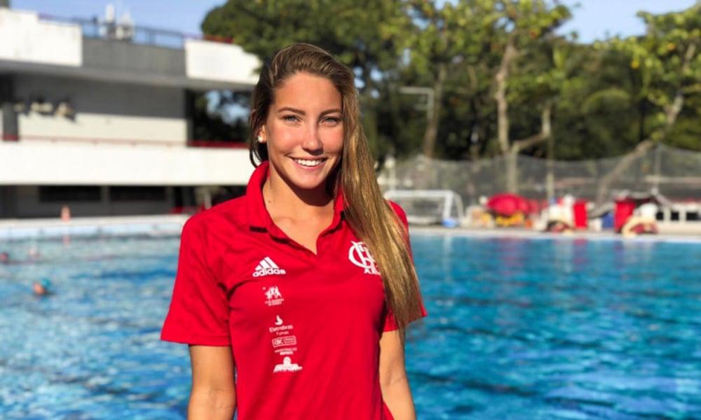 Laura Miccuci - atleta nado artístico