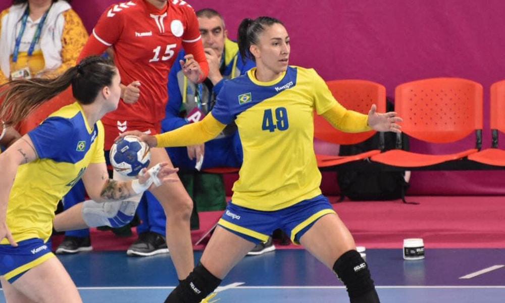 Jogadora de handebol Patrícia Matieli