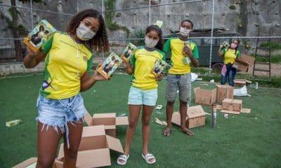 Equipe Miratus de Badminton distribuiu chocolate em favelas na Páscoa - presidente Sebastião