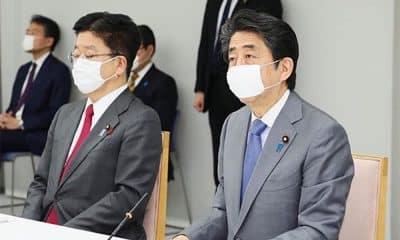 Shinzo Abe primeiro ministri japão jogos tóquio 2020 coronavírus pandemia adiamento