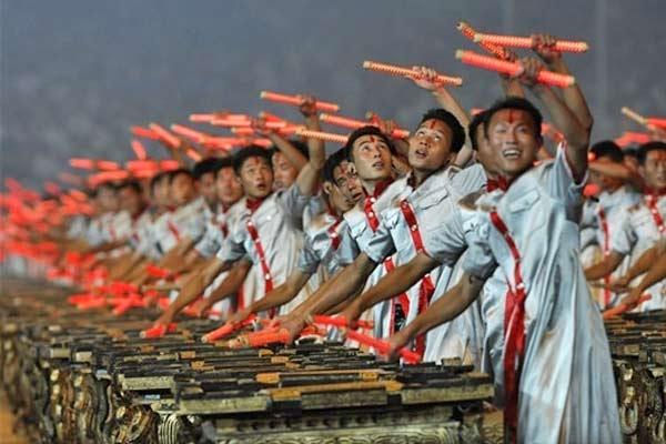 2008 percusionistas fizeram parte da cerimônia de abertura mais cara da história dos jogos olímpicos