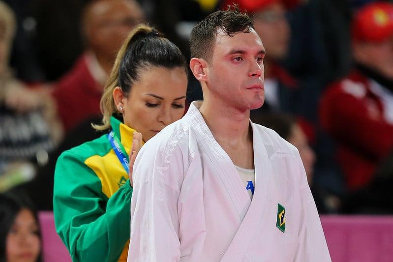 Com indefinições no calendário e Mundial e Pré-Olímpico pela frente, Douglas Brose se divide em duas categorias do caratê