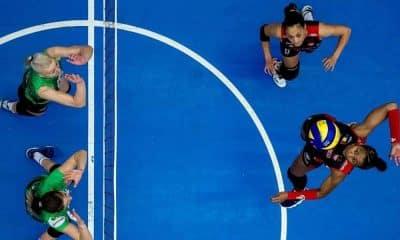 jogadora de vôlei surda a atuar profissionalmente no Brasil, se tornou embaixadora da Sonova, empresa de aparelhos para surdos