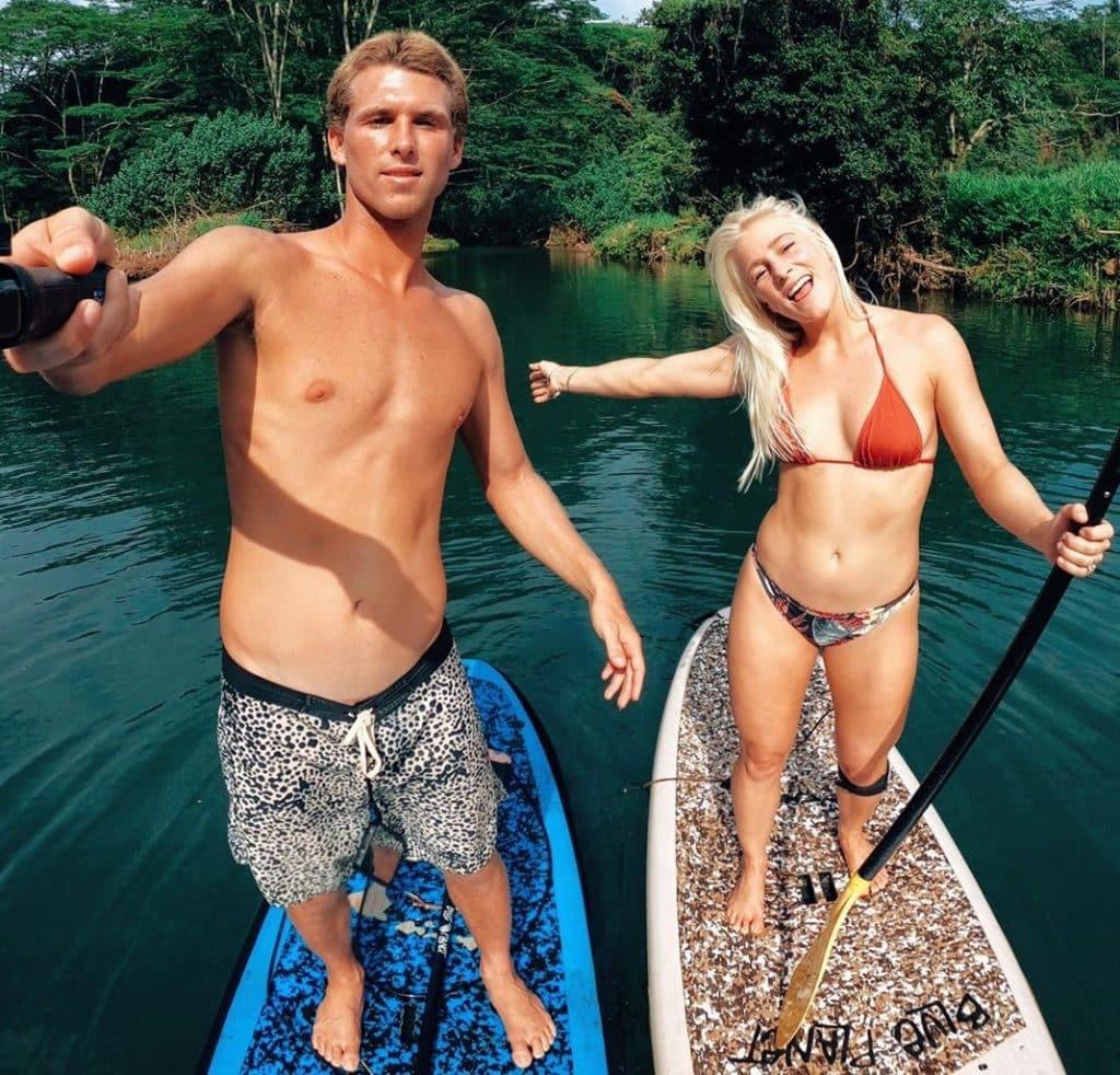 Surfe - pandemia de coronavírus - liberação de praias - praia liberada - Tati Weston