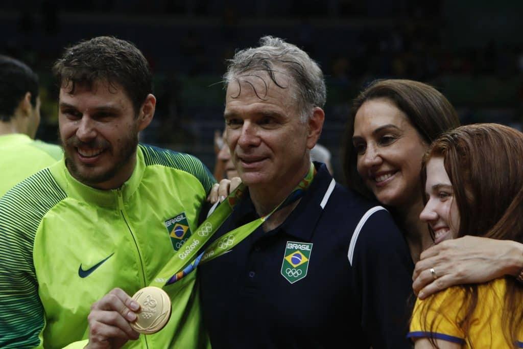 Bruninho - Bernardinho - Vôlei - Esporte - Coronavírus