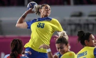 Jaqueline Anastácio troca de time pela champions league de handebol