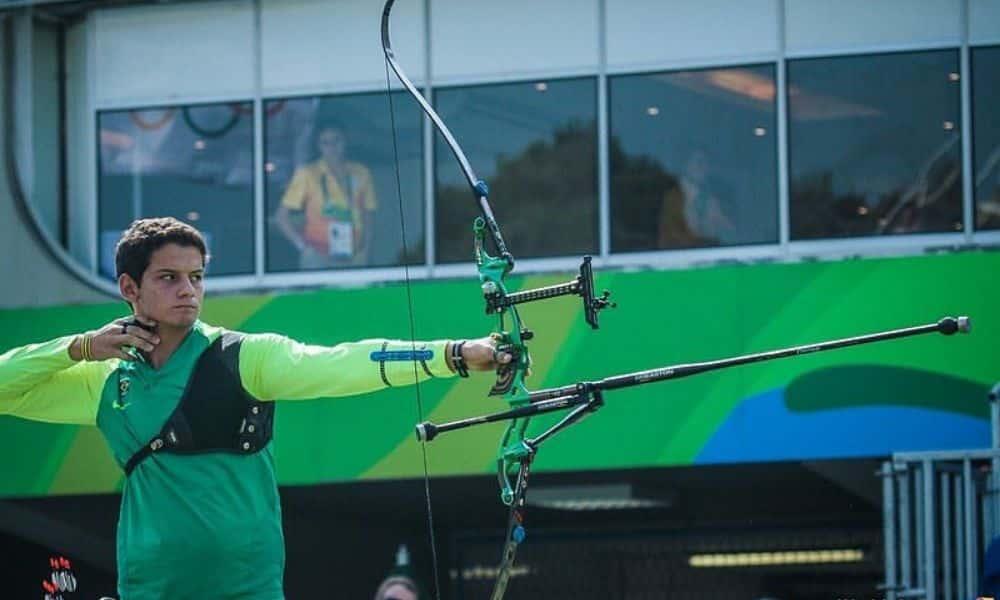 Jogos Olímpicos Marcus D'Almeida, do tiro com arco, em ação na Rio-2016 Jogos Olímpicos  Tóquio 2020 individual masculino