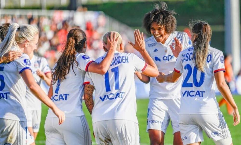 Lyon vence seu 14º título do Campeonato Francês de futebol feminino após pandemia interromper a temporada