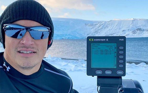 O atleta Ronaldo Ferreira da Costa, militar da Marinha, participou do Desafio Remo Brasil na Antártica