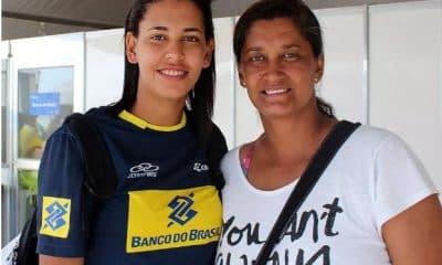 Cida Lisboa, mãe de Duda, também treinadora de Tainá e Victoria no vôlei de praia