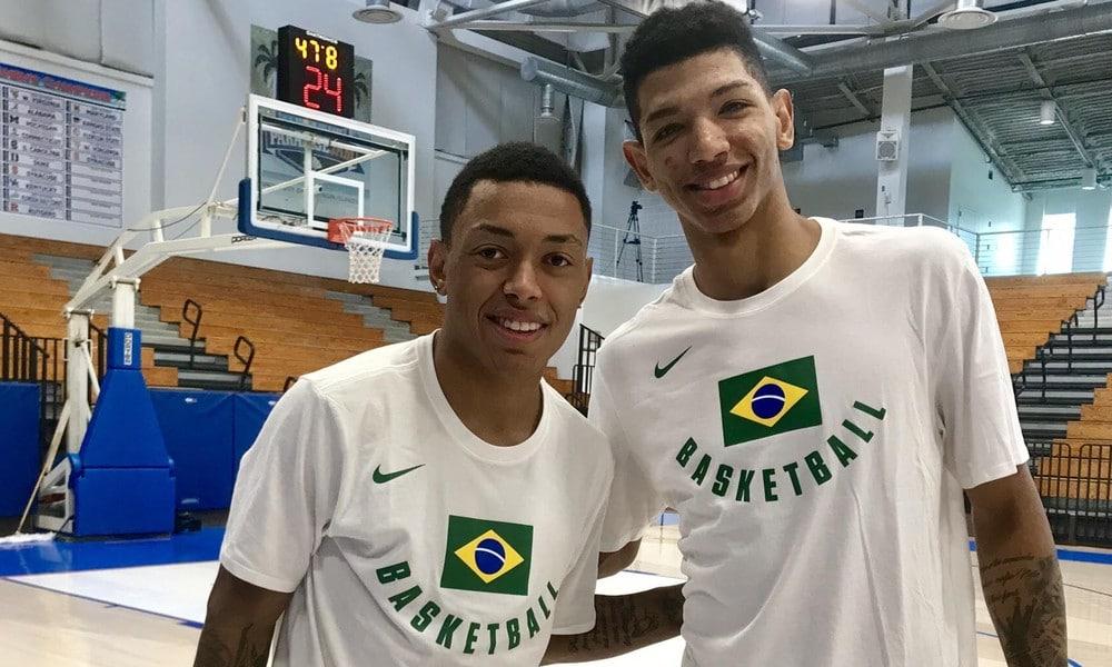Yago Armador Basquete Olimpíada NBA, ai lado do amigo Didi