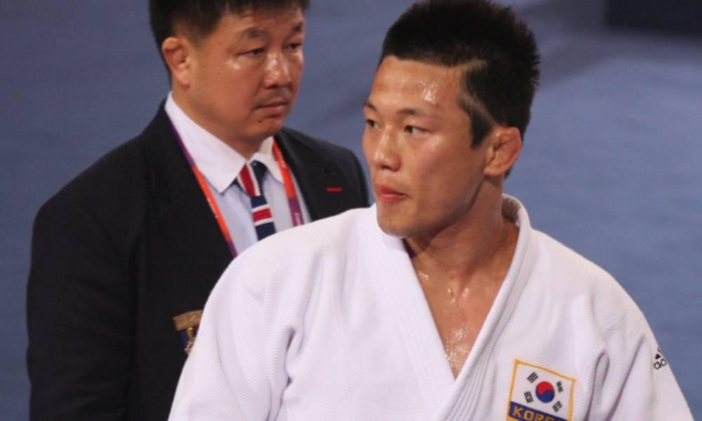 O coreano Wang Ki-chun, bicampeão mundial e medalhista olímpico em Pequim-2008, foi banido para sempre do judô após acusações de abuso sexual