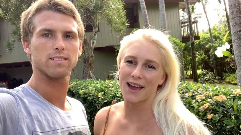 Tati Weston-Webb e Jessé Mendes, do surfe, mostraram como estão passando a quarentena do coronavírus no Havaí