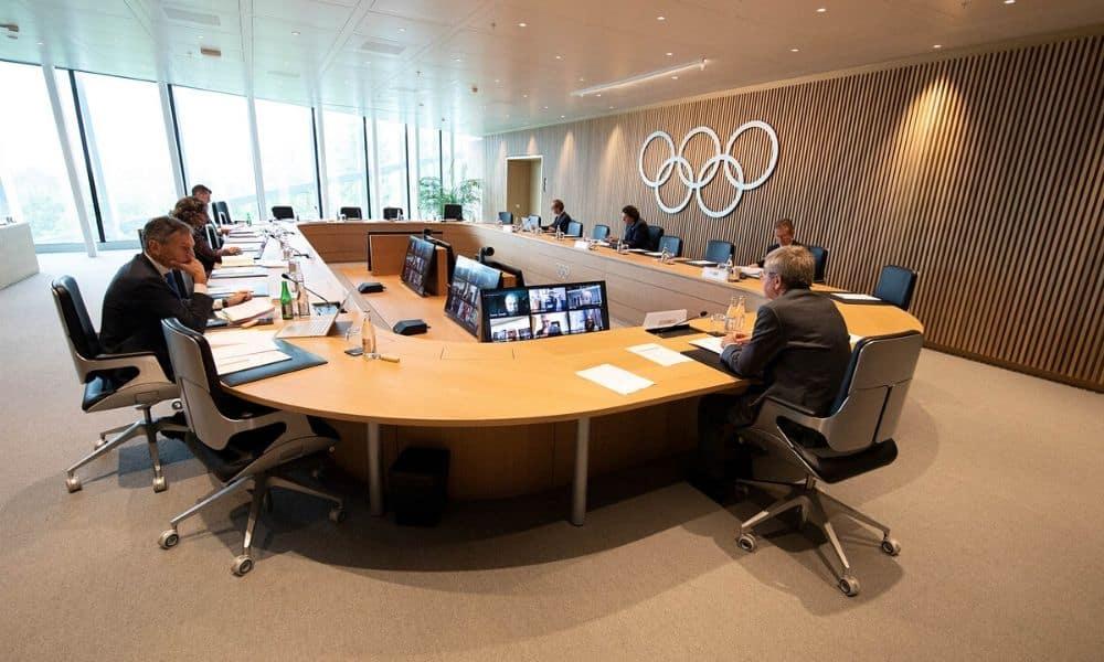 Um membro do Comitê Organizador de Tóquio-2020 declarou hoje que deveria existir a possibilidade de um novo adiamento dos Jogos Olímpicos e Paralímpicos