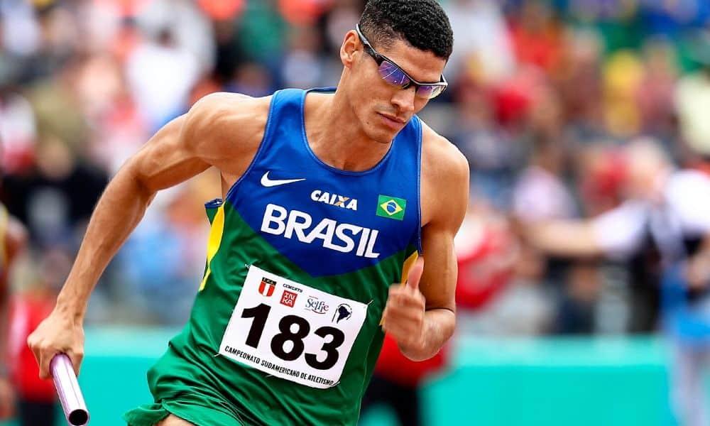 Lucas Carvalho é um dos nomes da equipe do revezamento 4x400 m do Brasil