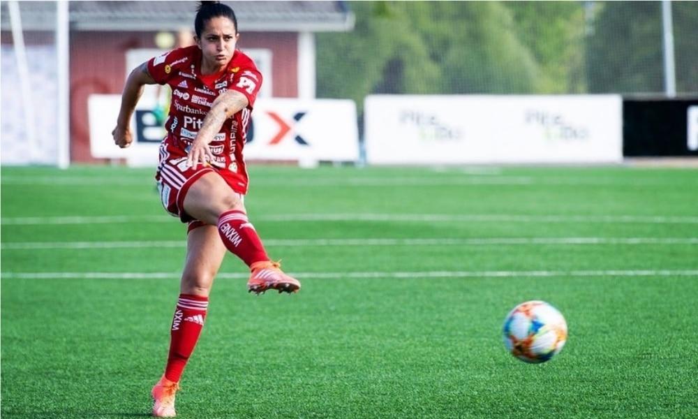Fernandinha - Campeonato Sueco de Futebol Feminino - Pitea