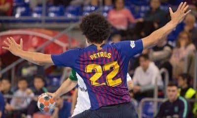 Candidato a melhor defensor da Champions, Petrus exalta o Barcelona