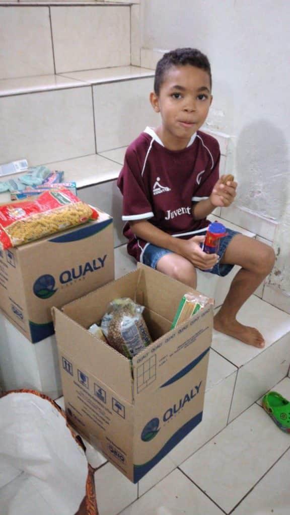Instituto Tiago Camilo ajuda com doações famílias durante pandemia