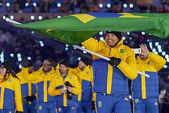 Edson Bindilatti, atleta do bobsled que já disputou quatro edições dos Jogos Olímpicos de Inverno, começou no esporte graças ao filme Jamaica Abaixo de Zero