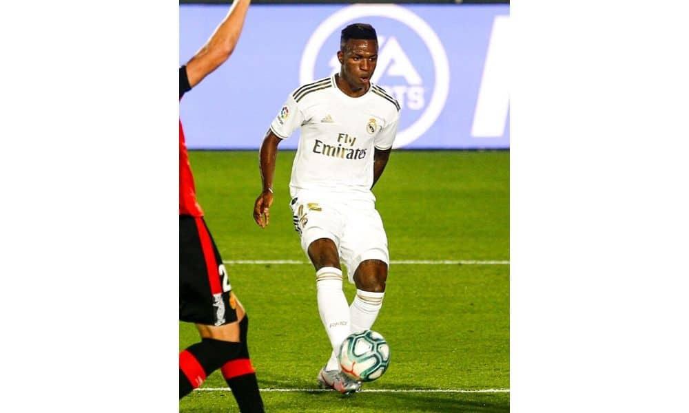 Vinicius Júnior refaz teste para Covid-19 após erro e dá negativo Real Madrid