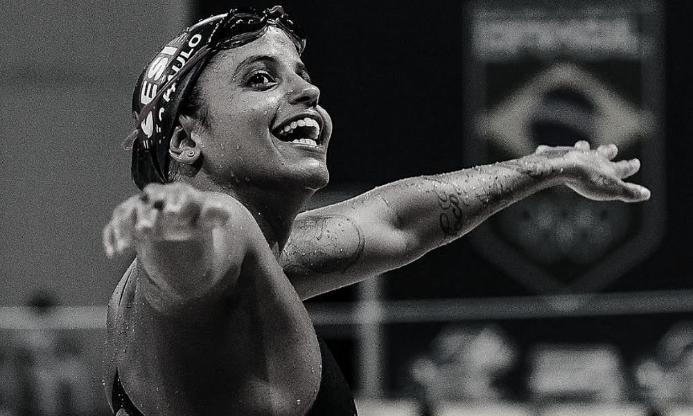 Etiene Medeiros, da natação, durante um treinamento no Maria Lenk (Igor Bione)