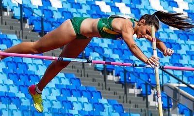 Juliana Campos salto com vara atletismo universíade de napoles fabiana murer live cbat