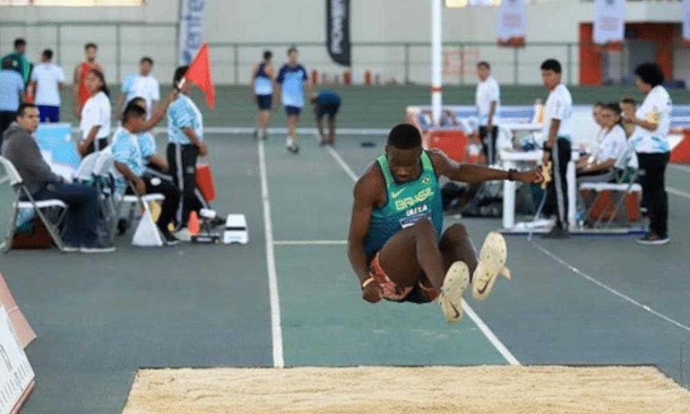 Salto Triplo Alexsandro Melo Tóquio Atletismo