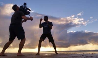 Diego Moraes é lutador de caratê e jornalista