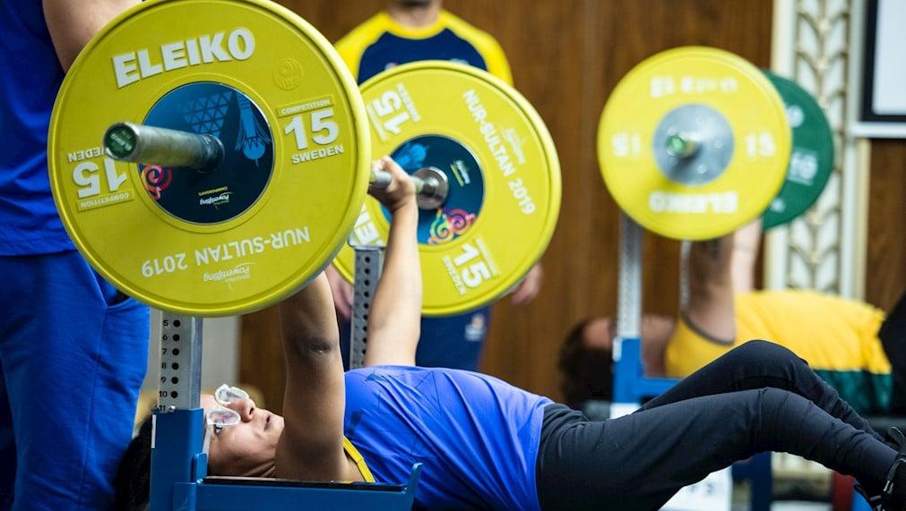 Em um ano, o halterofilismo brasileiro estreia nos Jogos Paralímpicos de Tóquio; Evânio da Silva, Mariana D'Andrea, Bruno Carra e outros tentarão fazer história no Japão