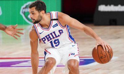 Na 2ª partida contra o Boston Celtics, válida pelos playoffs da NBA na 'Bolha' da Disney, o Philadelphia 76ers, do armador Raulzinho, perdeu por 128 a 101