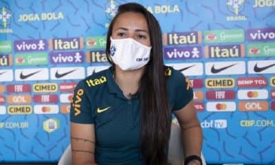 Camilinha teve primeiro contato com o trabalho de Pia na seleção