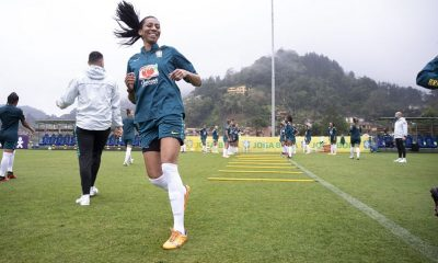 A zagueira Bruna Benites, do Internacional, é a atleta mais experiente do plantel brasileiro