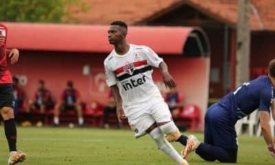 São Paulo busca manter 100% no Brasileiro sub-20 contra o Flamengo