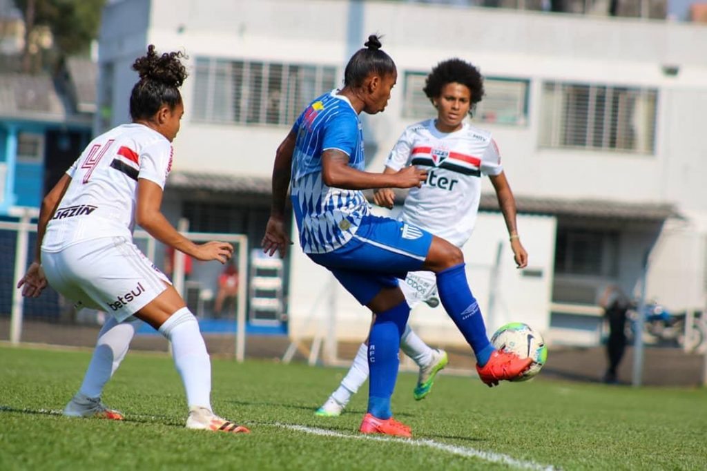 Neste domingo (13), o Avaí Kindermann empatou em 1 a 1 com o São Paulo pela nona rodada do Campeonato Brasileiro Feminino