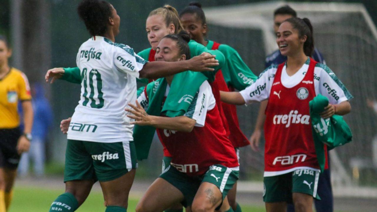 Brasileiro Feminino Carla Nunes Marca Dois Gols Na Vitoria Do Palmeiras