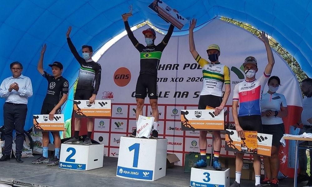 Henrique Avancini Gorale na Start Mountain Bike Polônia campeão