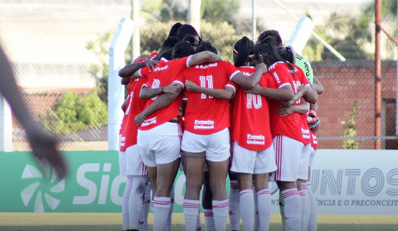 Internacional goleia o Cruzeiro pelo Brasileiro Feminino