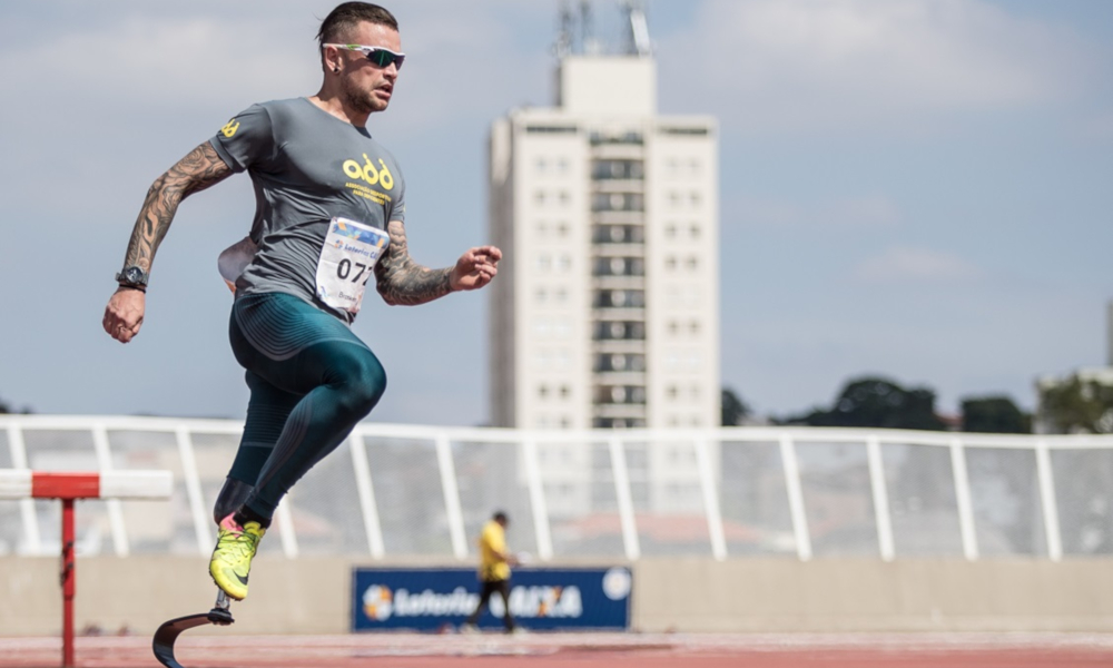 O velocista Vinícius Rodrigues é um dos destaques do atletismo paralímpico do Brasil