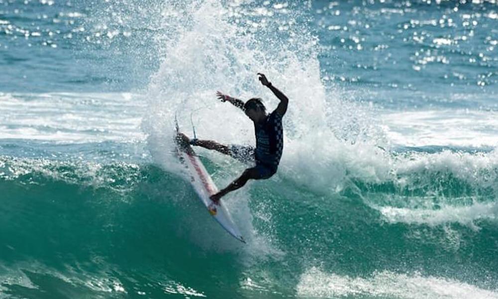 Kanoa Igarashi surfe Portugal WSL