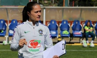 Simone Jatobá comemora longo período de treinamentos pela seleção feminina sub-17