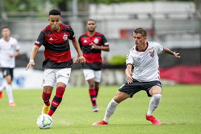 Acompanhe ao vivo no Olimpíada Todo Dia a partida entre Athletico Paranaense e Goiás, válida pela 6ª rodada do Campeonato Brasileiro Sub-20