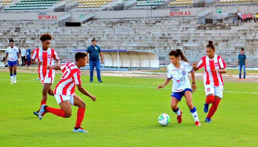 Pelo campeonato Brasileiro feminino A-2, Bahia e Fortaleza golearam e Santos Dumont (Sergipe) e Ceará venceram fora de casa