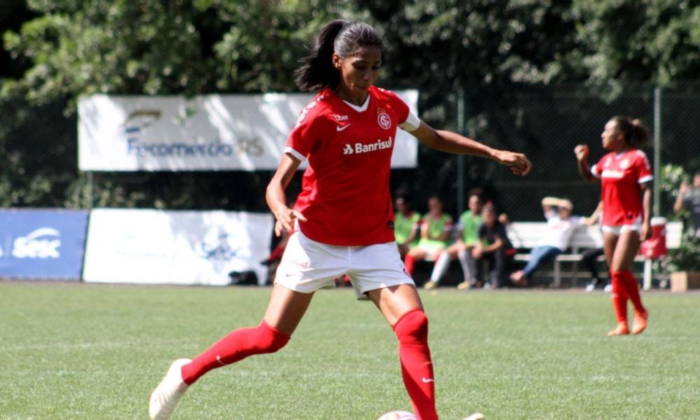 Bruna-Benites-Mariana-Capra-Internacional