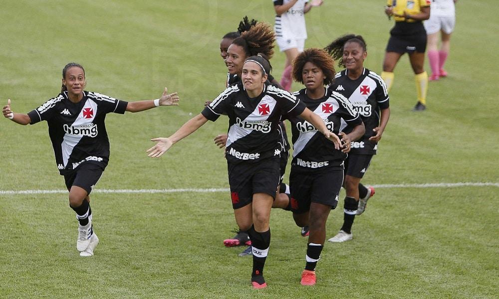 Vasco vence o Atlético-MG na retomada do Brasileiro A2