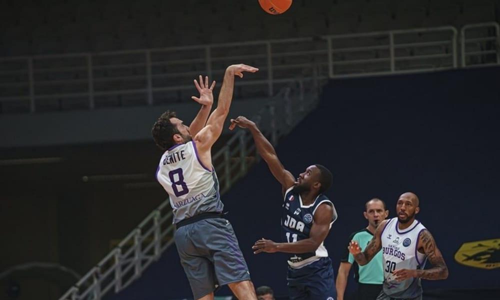 Vitor Benite - San Pablo Burgos - Champions League de basquete Petrovic
